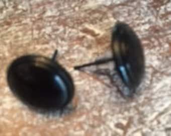 Round Black Studs