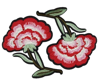 Iron On Embroidered Red Flowers Roses Patches Appliques 2 PCS