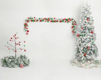 digital backdrop Family Christmas  older children white red