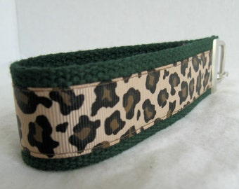 Cheetah Key Chain -Cheetah Key Fob - Wristlet - Cheetah on HUNTER Key Ring - Large Wrist Keychain - Animal Print Key Fob
