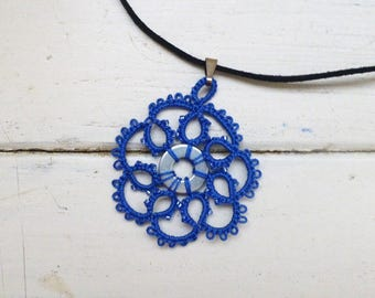 Tatted necklace, tatted lace, tatted pendant necklace, velvet cord, blue necklace, tatted jewelry, lace jewelry, gift idea, ready to ship