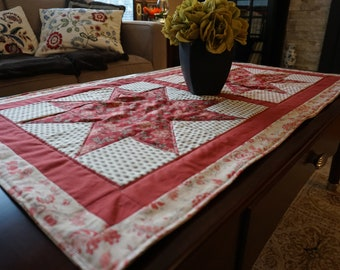 Quilted table runner, patchwork table runner, Home decor, Floral table runner, Star table runner