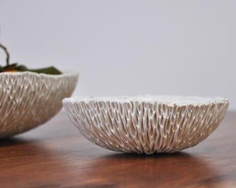 Gold Splatter Medium Geode Bowl -  Hostess gift, Gift for Her, White Gold Ceramic Bowl, Modern Ceramic Bowl, Handmade Pottery Bowl