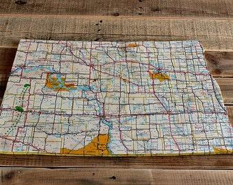NORTH DAKOTA State Vintage Map Wall Decor (Medium size)