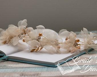 Wedding hair jewelry, pearls, leaves and chiffon flowers bridal wreath, bridal hair vine in vintage look