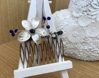 Floral beaded comb