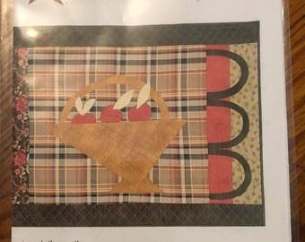 Apple Basket JPQ2032 Designed by Linda Brannock  Jan Patek Quilts Inc  2007