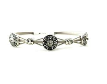 Metal and crystal guitar string bracelet
