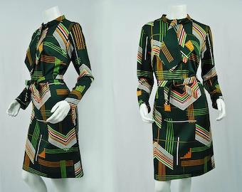 1970s Retro Long Sleeve Dress // Vintage 70's Mini Dress/