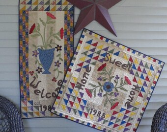 Quilt Patterns - Greetings! Wall Hanging and Table Topper