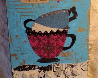 Tasse à thé en collage peinture art, vintage, originales matériaux, techniques mixtes