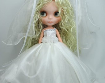 Outfit Clothing wedding gown dress with veils for Blythe doll 954-13
