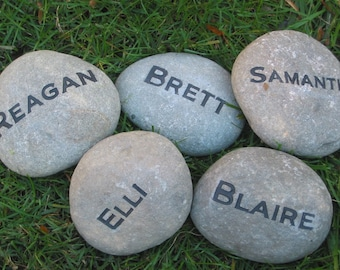 Personalized Garden Stone. Name Stone, Gifts, Gift for Mom, Dad, Grandma, Grandad Garden Riverstone Marker 4-5 inch
