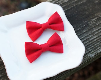 """Tango Red Linen small hair bows (set of 2) - 2 1/2"""" cute bow -  Baby hair bows - Toddler hairbows - Cute small hair bows"""
