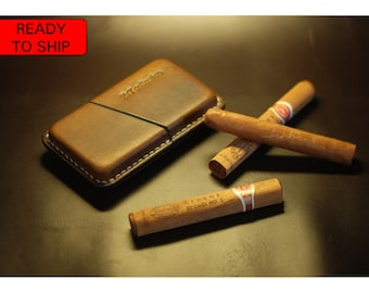 Case for 3 cigars.