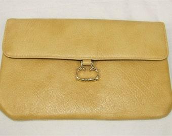 Vintage 60's 70's MARGOLIN Gold Vinyl Gold Tone Snap Clasp Handbag Clutch Purse