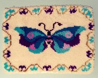 18x24 1970s Cream Teal Blue Butterfly Retro Shag Latch Hook Rug Handmade Country Cottage Throw Yarn Needlework Wall Hanging Needlecraft Art