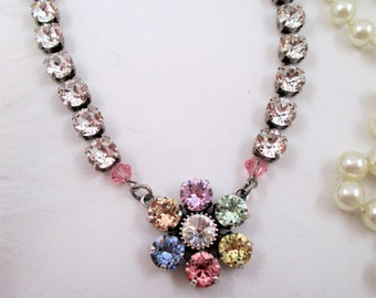 Swarovski crystals/Cup chain necklace/Flower necklace/Summer pastel necklace/Floral pendant necklace