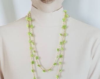 Vintage Green Flower Gold Tone Chain Necklace