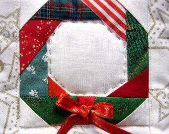 Christmas wreath paper pieced satin ribbon PDF Sewing Pattern