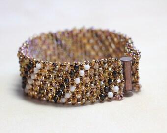 Embellished Netted Bracelet - gold/bronze metallic tones