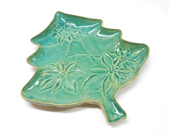 Christmas Tree Pottery Platter, Christmas Tree Ceramic Platter, Serving Plate, Holiday Pottery Plate,  Medium Poinettia Plate in Blue Green