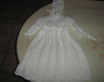 Hand knitted christening gown and bonnet 3/6 months.