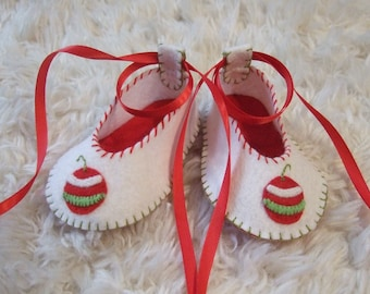 Felt Baby Shoes - Christmas Shoes - Ballet Flats - Can Be Personalized