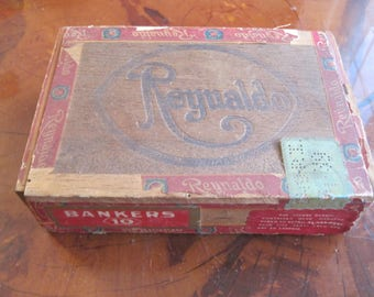 Antique/Vintage Reynaldo Cigar Box Hand Made Very Mild
