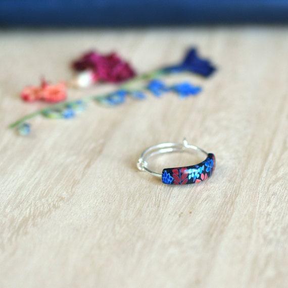 Petite bague fleurie en argent 925 esprit bijou textile 'Kalanchoé'