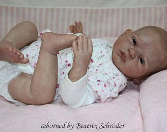 Ellenie by Sabine Altenkirch. 20 inches with 3/4 Arms, 3/4 Legs. Cloth Body. VINYL. Made to Order