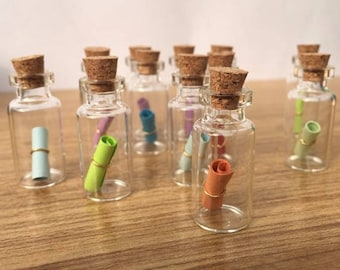 10 x Tiny Transparent 1.7cm Vial Glass Bottles & Cork Stopper. 0.5ml Capacity Clear Jars. Ideal for Home Decor, Weddings, Crafts and Perfume