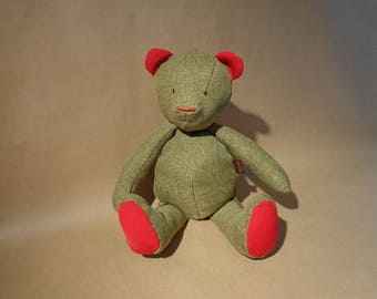 Teddy bear green Heather and Red canvas