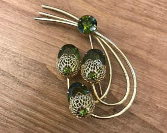 Sarah Cov Brooch Gold and Green Stones Bouquet
