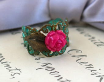Veridris Flower rings in your choice of two styles