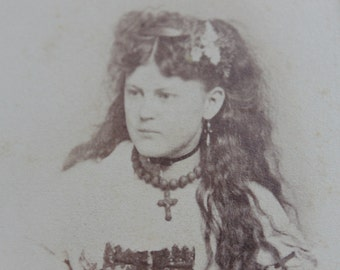 Gorgeous Victorian Cabinet Card of Oppulant Woman with Jewelry / Crosby Hannibal, Missouri