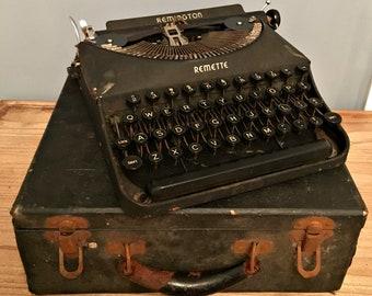 Rare Vintage 1930s Remington Remette Typewriter with the Original Case