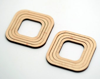 8 Concentric Rounded Square Wood Beads : Maple