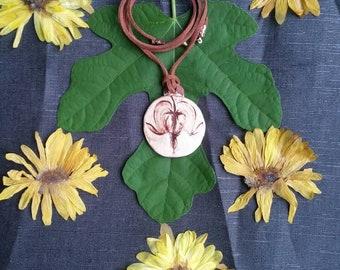 Ceramic bleeding heart pendant