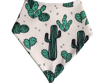 Baby bib Bibs Bandana bib Dribble bib Velcro bib Popper bib Baby feeding Baby gift idea Newborn gift New baby Cactus Bears Gift ideas