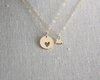 Mother Daughter Necklace Set - Mother Daughter Jewelry, Gold Heart Pendants, Mom Daughter Gift Set, Mother's Day Gift, Mother's Day Jewelry