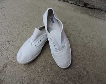KEDS Sneakers White Canvas Shoes Classic 90's Lace Up Kicks 7m