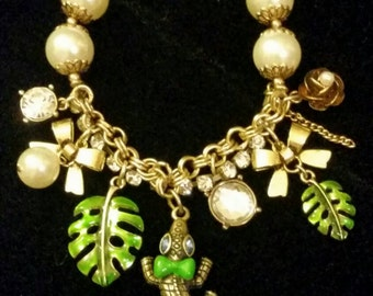 After Life Accessories Repurposed Stretch Charm Bracelet Green Bow Tie Lizard