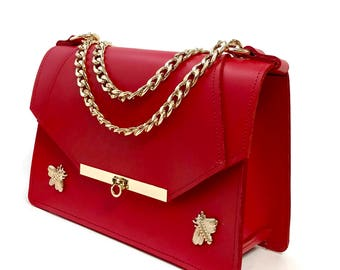 Gavi Shoulder Bag in Poppy Red