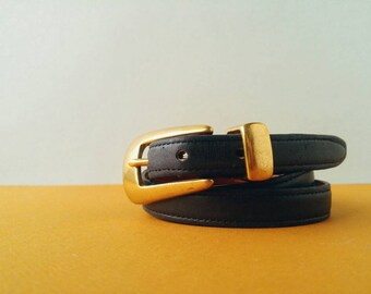1990s Coach Navy Leather Skinny Belt - Women's Size L - Made in America