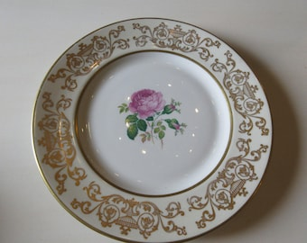 RAVENSWOOD PLATE with Pink Roses