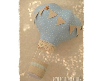crib mobile, hot air balloon Decoration, hot air balloon mobile, gifts for baby, baby shower, up up and away, nursery mobile, nursery decor
