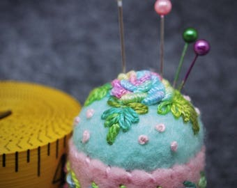 IN STOCK free US ship - Delicate Rose Sky Blue & Baby Pink Small Bottlecap Pincushion