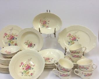 Homer Laughlin Coronet Pattern Dinnerware 36 piece set