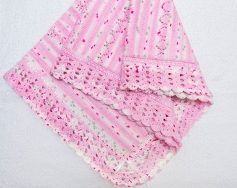 Knitted baby blanket with fleece lining , Blanket for Boy and Girl